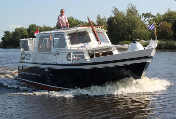 """CURTEVENNE 850 GS """"Tjisse"""" huren in Heerenveen, Friesland"""