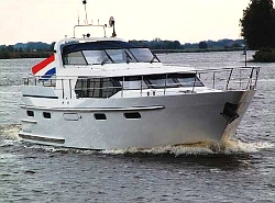 Pacific Allure 150 huren in Urk, Flevoland