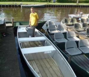 Fluisterboot Satndaard huren in Kalenberg, Overijssel