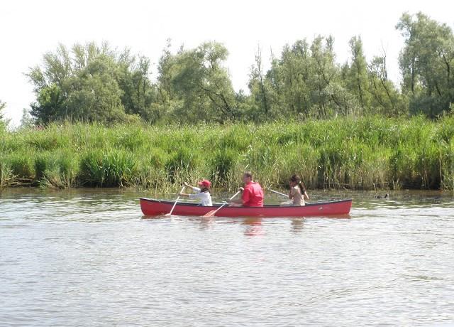 Kano, 3 persoons huren in Drimmelen, Noord-Brabant