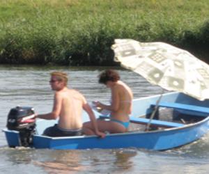 Motorboot huren in Drimmelen, Noord-Brabant