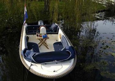 Luxe sloep (5 persoons) huren in Drimmelen, Noord-Brabant