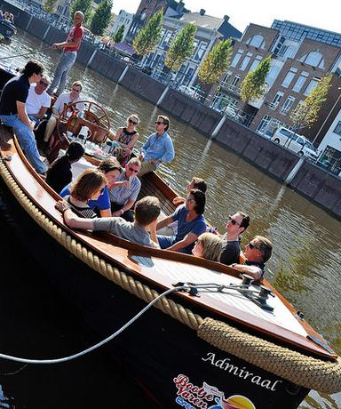 Sloep (20 personen) huren in Breda, Noord-Brabant