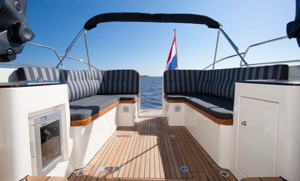 Jacht Captain van Riebeeck huren in Sneek, Friesland
