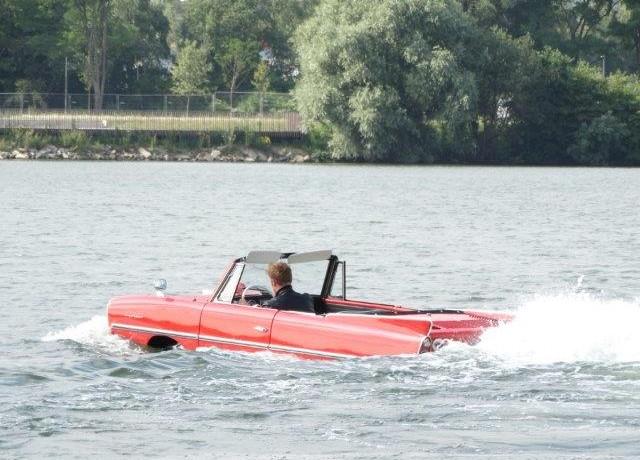 Amphicar huren in Dordrecht, Zuid-Holland