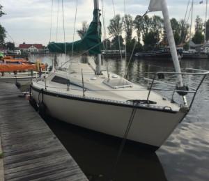 Beneteau First 27 huren in Heeg, Friesland
