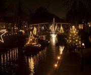 Vier de feestdagen met Bootverhuur-Nederland