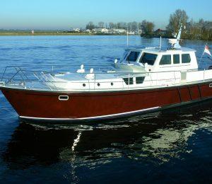 Pilot 44 Solyd huren in Terherne, Friesland