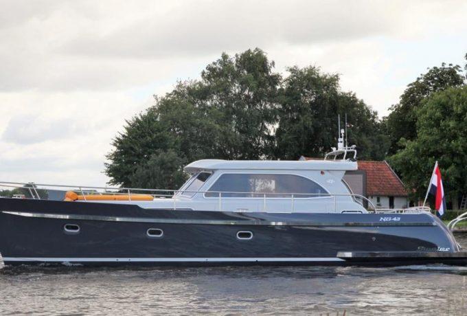 Steeler NG 43 Perfecto huren in Aalsmeer, Noord-Holland